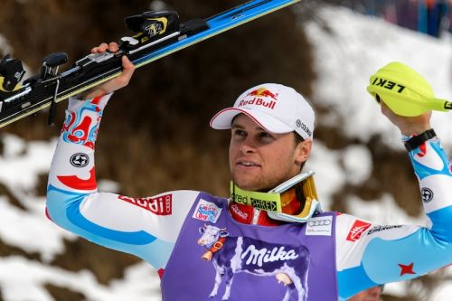 Alexis Pinturault rimonta dal settimo posto e vince lo slalom di Wengen. Quinto Patrick Thaler