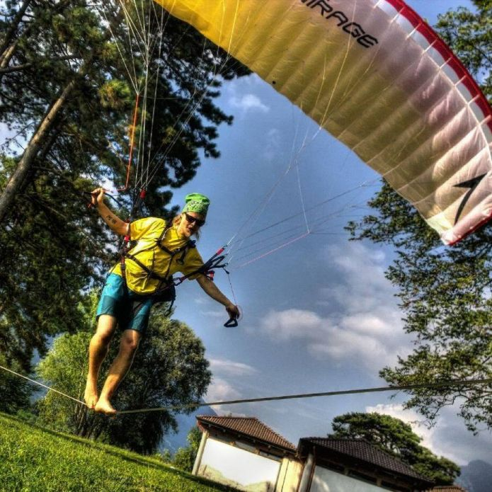 At 28 in a paragliding accident dies Armin Holzer tightrope of ...